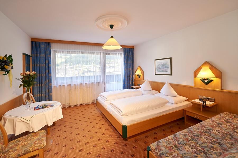 hotellerie gastronomie tischlerei stranig radstadt. Black Bedroom Furniture Sets. Home Design Ideas